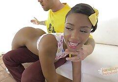 جميلة في سن فيديوهات سكسيه اجنبيه المراهقة ارضاء الديك